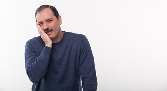 9 otthoni praktika a fogfájás kezelésére